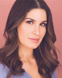 Nicole Villamil Headshot