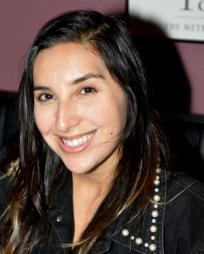 Christina Glur Headshot