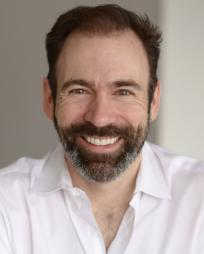 Thomas Conroy Headshot