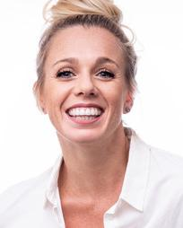 Sarah Bowden Headshot