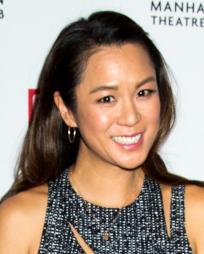 Samantha Quan Headshot