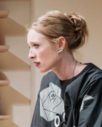 Alice Orr-Ewing Headshot