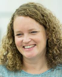 Emma Cunniffe Headshot