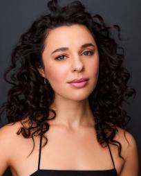 Mia Pinero Headshot