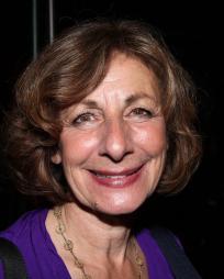 Carole Schweid Headshot