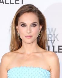Natalie Portman Headshot