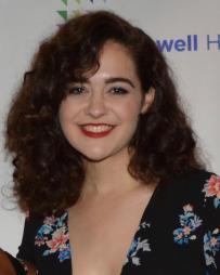 Claire Avakian Headshot
