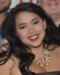 Nicolette Shin Headshot