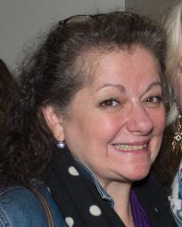 Carolynne Warren Headshot