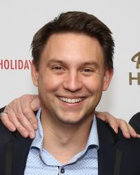 Jonathan Tessero Headshot