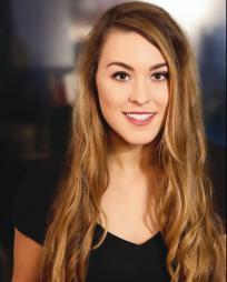 Chelsea LeValley Headshot