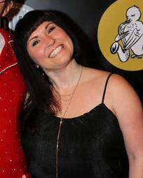 Amy Hillner Larsen Headshot