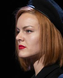 Alexandra Guelff Headshot