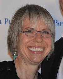 Martha Bromelmeier Headshot