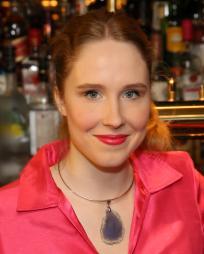 Nina Grollman Headshot
