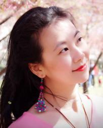 Ling Tang Headshot