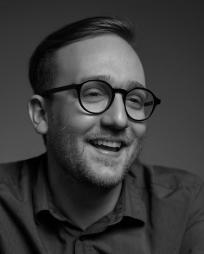 Joshua Warner Headshot