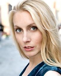 Elizabeth M Kelly Headshot