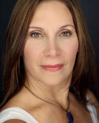 Courtenay Collins Headshot