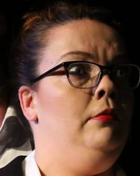 Holly Gibbs Headshot