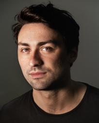 Noah Kieserman Headshot