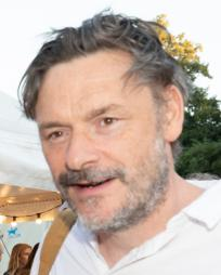 Julian Barratt Headshot