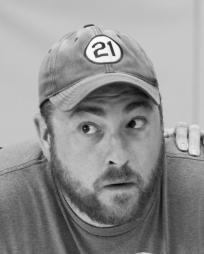 Daniel Pivovar Headshot