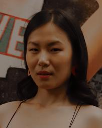 Karoline Xu Headshot