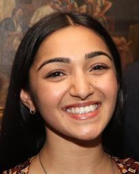 Aneesha Kudtarkar Headshot