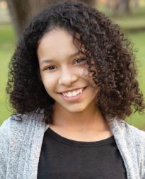 Arianna Pereira Headshot