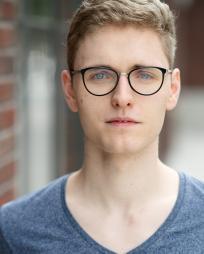 Lukas Baeskow Headshot