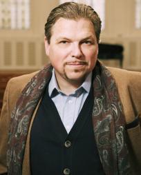 Michael Schade Headshot