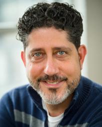 Mark Quiles Headshot