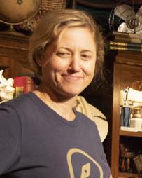 Eve Danzeisen Headshot