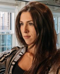 Lauren Drew Headshot