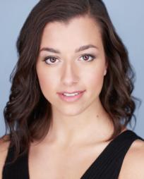 Veronica Fiaoni Headshot