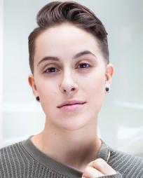 Ezra Menas Headshot