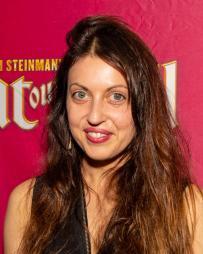 Paulina Jurzec Headshot