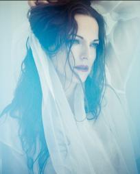 Maya Beiser Headshot