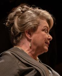 Caroline Gruber Headshot