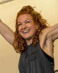 Laura Mullowney Headshot