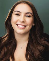 Deana Taheri Headshot