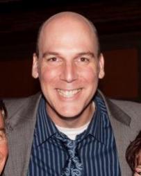 Erik Stein Headshot