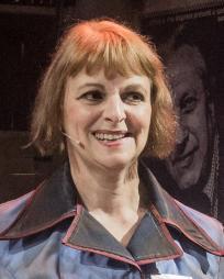 Gillian Bevan Headshot