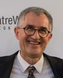 Philip LaZebnik Headshot