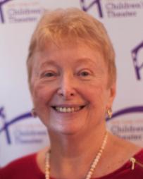 Barbara Zinn Headshot