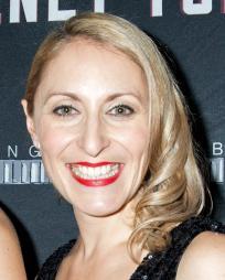 Liz Pearce Headshot