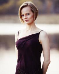 Carla Huhtanen Headshot