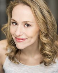Jennifer Blood Headshot