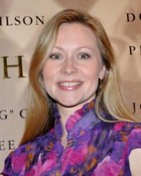 Liz Power Headshot